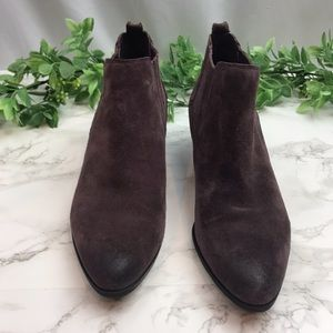 Crown Vintage Plum Pointed Toe Ankle Booties 9.5